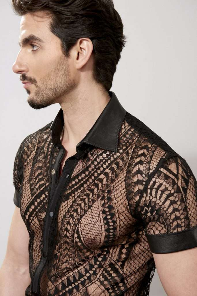 Laced short sleeves shirt, leather details, snaps
