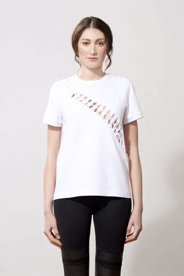 Cotton t-shirt, cutting and braiding details